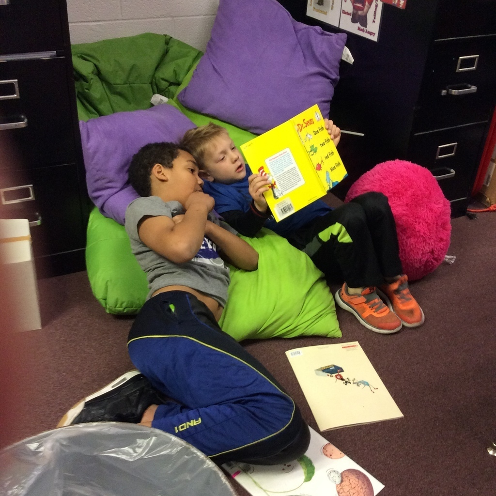 Wilson Students Reading